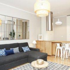 Отель Flores Guest House 4* Улучшенные апартаменты с различными типами кроватей фото 18