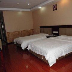 Chongqing Yueyou Hotel Airport сейф в номере