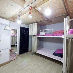 Lazy Fox Hostel Кровать в общем номере с двухъярусной кроватью фото 5