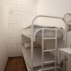 Hostel Petya and the Wolf V.O. Кровать в общем номере фото 2