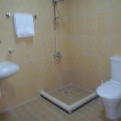 Отель Down Town Yahala Hotel Иордания, Амман - отзывы, цены и фото номеров - забронировать отель Down Town Yahala Hotel онлайн ванная