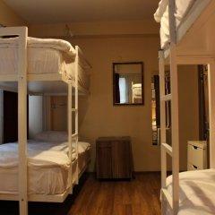 Twins Rooms Hostel Кровать в общем номере с двухъярусной кроватью фото 13