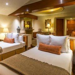 Отель Quinta Real Guadalajara 4* Люкс повышенной комфортности с различными типами кроватей фото 4