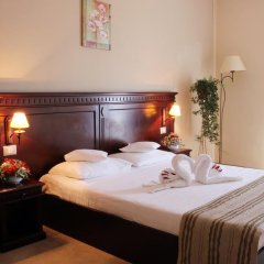 Royal Classic Hotel 3* Улучшенные апартаменты с различными типами кроватей фото 7