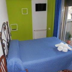 Отель Hostal Nevot Стандартный номер с различными типами кроватей
