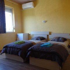 Отель Guestrooms Struma Dolinata Болгария, Симитли - отзывы, цены и фото номеров - забронировать отель Guestrooms Struma Dolinata онлайн комната для гостей фото 2