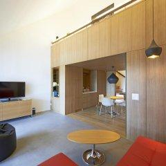 B2 Boutique Hotel + Spa 4* Улучшенный номер с различными типами кроватей