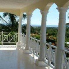 Отель Southview Hotel Ямайка, Санта-Крус - отзывы, цены и фото номеров - забронировать отель Southview Hotel онлайн балкон