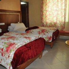 Hotel Colisee 3* Стандартный номер с двуспальной кроватью