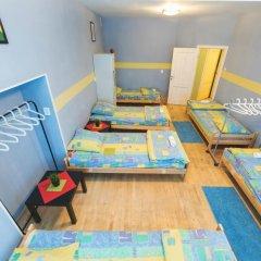 Мини-Отель Компас Кровать в женском общем номере с двухъярусной кроватью фото 11