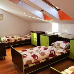 Wanted Hostel Кровать в общем номере с двухъярусной кроватью фото 2