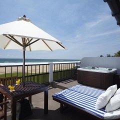 Отель The Surf балкон