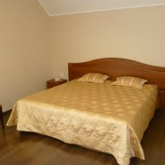 Гостиница Верона Стандартный семейный номер с разными типами кроватей фото 3