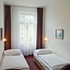 Hotel Meran 3* Стандартный номер с двуспальной кроватью фото 21