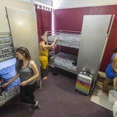 Отель USA Hostels San Francisco Кровать в женском общем номере с двухъярусной кроватью фото 5