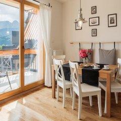 Отель udanypobyt Domy Mountain Premium Косцелиско в номере