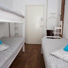 Hostel Peter and the Wolf Стандартный номер разные типы кроватей фото 3