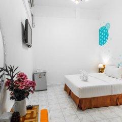 Отель Karon Sunshine Guesthouse & Bar 3* Стандартный номер с различными типами кроватей фото 11