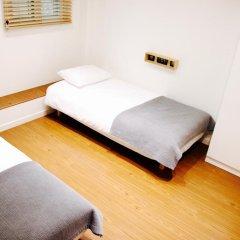 Отель YE'4 Guesthouse 2* Стандартный номер с 2 отдельными кроватями (общая ванная комната) фото 6