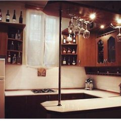 Отель At Home гостиничный бар