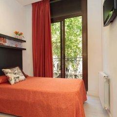 Отель Hostal Benidorm Стандартный номер с различными типами кроватей фото 8
