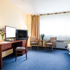 Sangate Hotel Airport 3* Номер Бизнес с 2 отдельными кроватями фото 3