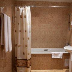 Отель Aviatrans 4* Стандартный семейный номер с двуспальной кроватью