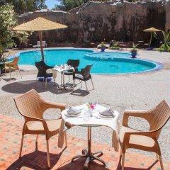 Отель La Perle du Sud Марокко, Уарзазат - отзывы, цены и фото номеров - забронировать отель La Perle du Sud онлайн бассейн фото 3