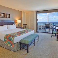 Отель Waikiki Beachcomber by Outrigger 3* Стандартный номер с различными типами кроватей фото 3