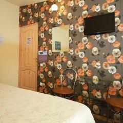 Отель Sleep In BnB 3* Стандартный номер с двуспальной кроватью (общая ванная комната) фото 4