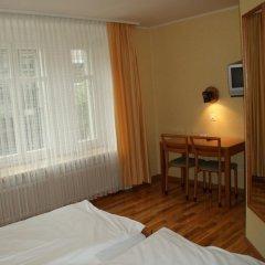 Hotel Limmathof 2* Стандартный номер с двуспальной кроватью фото 10