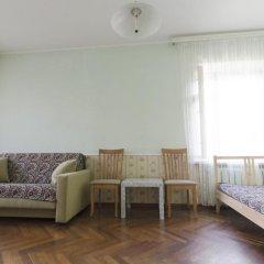 Гостиница Domumetro Aeroport комната для гостей фото 2