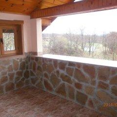 Отель Eco House Gorski Kut Болгария, Аврен - отзывы, цены и фото номеров - забронировать отель Eco House Gorski Kut онлайн балкон