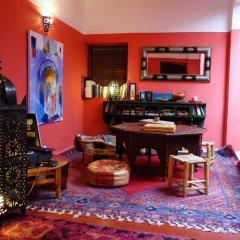 Отель Dar Rita Марокко, Уарзазат - отзывы, цены и фото номеров - забронировать отель Dar Rita онлайн гостиничный бар