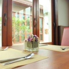Отель Suvarnabhumi Suite Бангкок в номере