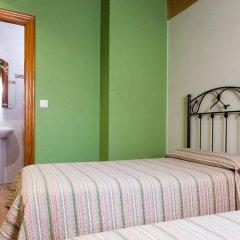 Отель Pensión la Campanilla сейф в номере