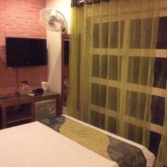 Отель Pho Vang 2 Стандартный номер с различными типами кроватей фото 4