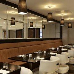 DoubleTree by Hilton London - Ealing Hotel развлечения