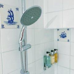 Отель Amsterdam At Home ванная