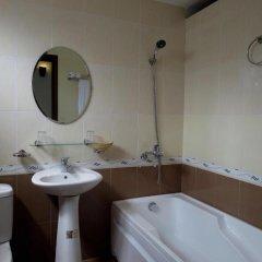 Отель Starfruit Homestay Hoi An 2* Стандартный номер с различными типами кроватей фото 5