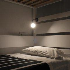 Surf in Chiado Hostel Кровать в общем номере с двухъярусной кроватью фото 5