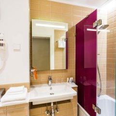 Отель Park Inn Central Tallinn 4* Люкс с различными типами кроватей фото 6
