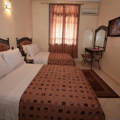 Отель Hôtel Ichbilia 2* Стандартный номер с различными типами кроватей фото 10