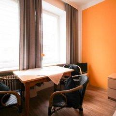 Отель Pension/Guesthouse am Hauptbahnhof Стандартный номер с двуспальной кроватью (общая ванная комната) фото 34