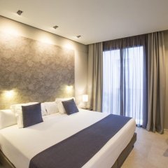 Отель Vincci Mercat 4* Стандартный номер с двуспальной кроватью фото 4