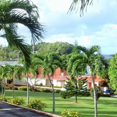 Отель Sunset Shores Beach Hotel Сент-Винсент и Гренадины, Остров Бекия - отзывы, цены и фото номеров - забронировать отель Sunset Shores Beach Hotel онлайн спортивное сооружение