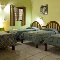 Hotel Jaguar Inn Tikal 3* Стандартный номер с различными типами кроватей фото 2