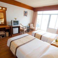 Golden Beach Hotel Pattaya 3* Улучшенный номер с различными типами кроватей фото 5