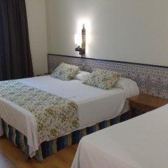Отель NH Córdoba Guadalquivir 4* Стандартный номер с различными типами кроватей