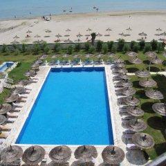 Отель Europa Grand Resort бассейн фото 2